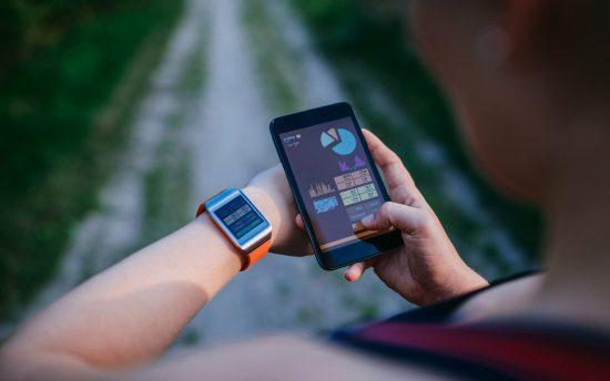fitness-app-phone1015