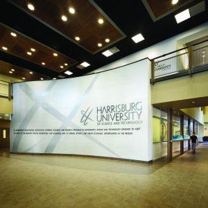 hust-academic-building-main-signage-wall-1jpg-4d5c111109b0949b