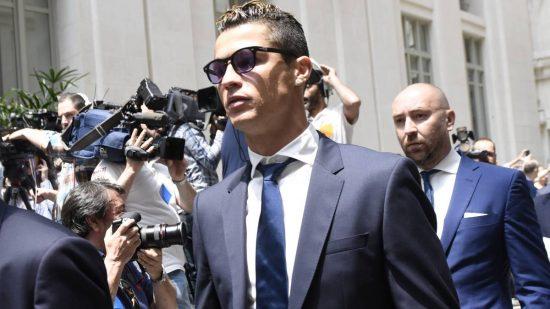 Cristiano Ronaldo'nun vergi borcu hapis cezası uzlaşma sonucu mahkeme tarafından ertelendi